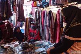 Omzet Pedagang Pakaian Muslim Meningkat di Tengah Pandemi