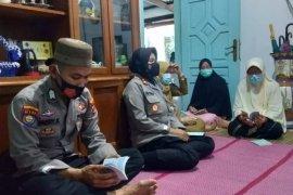 Doakan komandan dan kru KRI Nanggala-402, Polres Metro gelar doa bersama