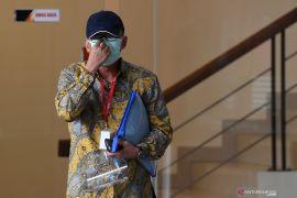 KPK tahan eks pejabat Ditjen Pajak Angin Prayitno Aji