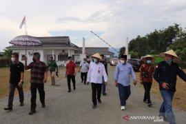 Wagub Sulteng tegaskan Investor harus rekrut tenaga kerja lokal