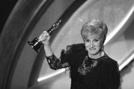 Aktris pemenang piala Oscar Olympia Dukakis meninggal dunia