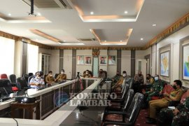 Wakil Bupati Lampung Barat ikuti rakor penegakan disiplin COVID-19