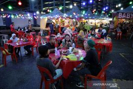 Warga Malaysia hadapi Idul Fitri \'suram\' menyusul penguncian skala nasional