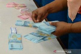 Pembayaran THR 374 satuan kerja di Riau kelar 100 persen