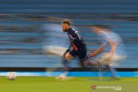 Neymar resmi bertahan di PSG hingga 2025