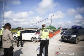Penyekatan Pemudik Di Tol Palembang - Lampung