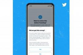 Twitter hadirkan fitur tinjau ulang cuitan