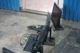 Terduga pencuri komputer di SMAN Mesuji malah guru