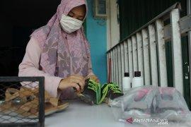Jasa cuci sepatu di Palembang jelang lebaran Page 3 Small