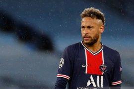 Neymar resmi bertahan dengan PSG hingga 2025