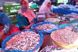 Harga ikan bilih naik jadi Rp80 ribu di Pasar Raya Solok