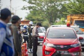 Penyekatan Pemudik Di Perbatasan Palembang-Ogan Ilir Page 5 Small