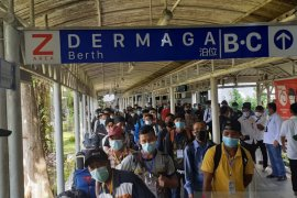 Ratusan pekerja migran  masih jalani karantina di Batam