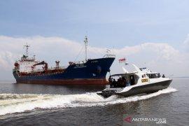 Pengawasan Kapal India di Dumai