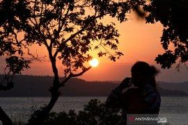 Pemkot Kupang izinkan tempat wisata dibuka dengan prokes ketat