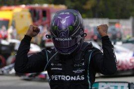 Terapkan strategi brilian, Hamilton kalahkan Verstappen di GP Spanyol