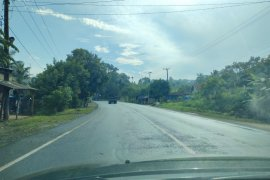 Jalan lintas Sumatera di dominasi truk barang