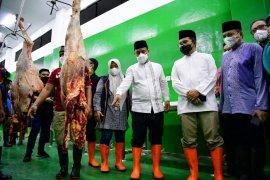 Plt Gubernur Sulsel pastikan stok daging aman jelang Lebaran 1442 H