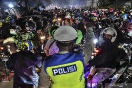 Kasus konfirmasi positif COVID-19 Indonesia capai 1.718.575