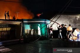Dinas Damkar: 18 peristiwa kebakaran di Makassar selama Ramadhan 1442 H