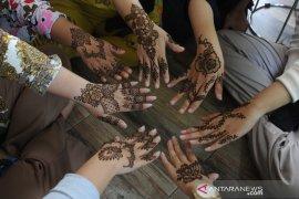 Jasa lukis henna untuk idul fitri Page 5 Small