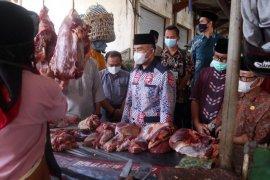 Distan: H-2 lebaran pemotongan sapi di RPH Mataram normal