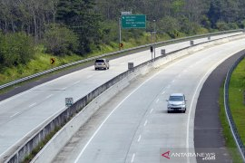 PT HK catat sebanyak 431.768 unit kendaraan melintas Tol Trans Sumatera pada H-1 Lebaran