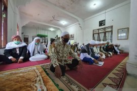 Jemaah Tarekat Naqsabandiyah gelar Shalat Idul Fitri 1442 H hari ini