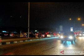 Malam takbiran di Pekanbaru, jalan disekat lebih awal