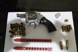 Miliki pistol rakitan, warga Inhil diciduk di akhir Ramadhan