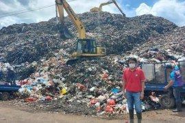 Cuti lebaran wali kota Andrei Angouw pantau TPA Sumompo