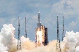 China cetak sejarah, berhasil daratkan pesawat di Mars