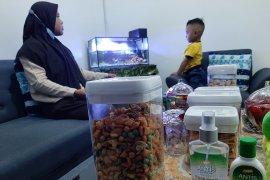 Lebaran dengan protokol kesehatan COVID-19 di Kampung Bugis