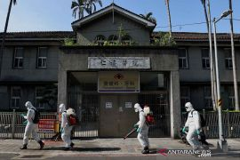 Taiwan terapkan aturan COVID-19, minta warga tidak panik belanja