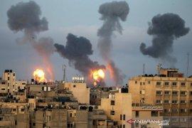 Perang di Jalur Gaza masuki pekan kedua, Israel lancarkan puluhan serangan