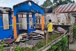 Dua rumah di Pasaman terbakar diduga akibat korsleting