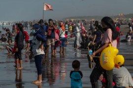 Ribuan wisatawan di Yogyakarta langgar prokes