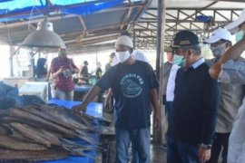 Harga ikan di Mamuju melonjak setelah Lebaran Idul Fitri