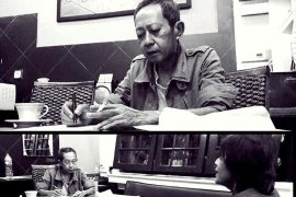 "Penulis novel \""Ali Topan Anak Jalanan\"" Teguh Esha meninggal dunia"