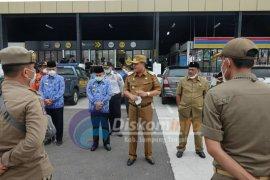 Bupati Lampung Tengah cek posko pengamanan di KM 172