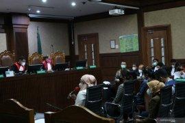Saksi: persediaan uang kunjungan kerja ke Palembang Edhy Prabowo capai Rp100 juta