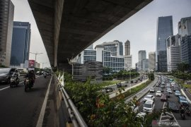 Indef: Perkiraan awal ekonomi RI akan tumbuh 2 persen pada triwulan II