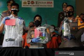 Polisi ungkap narkoba asal Malaysia dikirim lewat ekspedisi