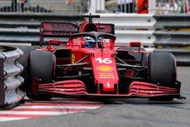 Binotto tegaskan Ferrari tak 'berjudi' dengan girboks Leclerc
