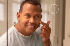 Alex Rodriguez rilis makeup khusus pria