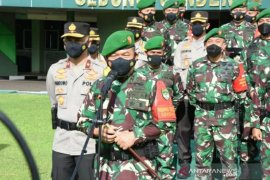 Mutasi besar-besaran 80 perwira tinggi TNI, ini nama mereka