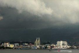 Hujan lebat diprediksi meliputi sebagian wilayah Indonesia