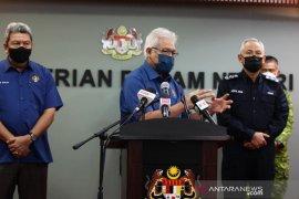 """Malaysia kerahkan 55.000 polisi saat """"full lockdown"""""""