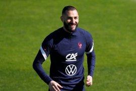 Penyerang Real Madrid Karim Benzema positif terpapar COVID-19