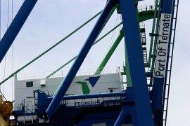 Pelabuhan Ahmad Yani Ternate benahi fasilitas